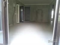 业主诚心出售 信世外桃源4室2厅2卫115平米66万住宅