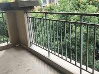 时代国际清水洋房出售,赠送2个超大阳台,还送一个小阳台,户型方正采光,可按揭。