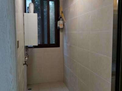 装修 配套设施: 家具家电齐全 电梯 小区名称: 小区地址: 住宅类别