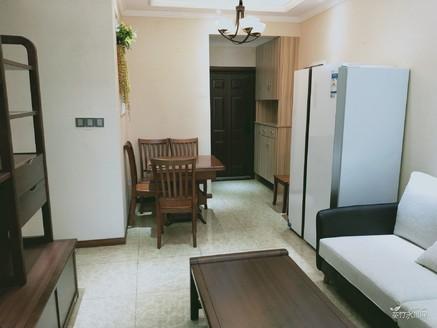 兴龙湖畔维斯卡,实木豪装两室全中庭,可以按揭,惊爆价46.8